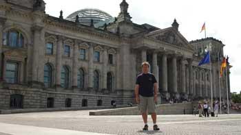 ken curtis in front of parliament, Berlin
