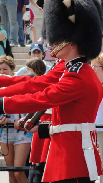 Changing of the Guard, London 2010 Kenneth Curtis